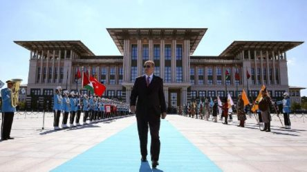 Erdoğan'ın Saray sevdasına bu kez tepki Kıbrıslılardan
