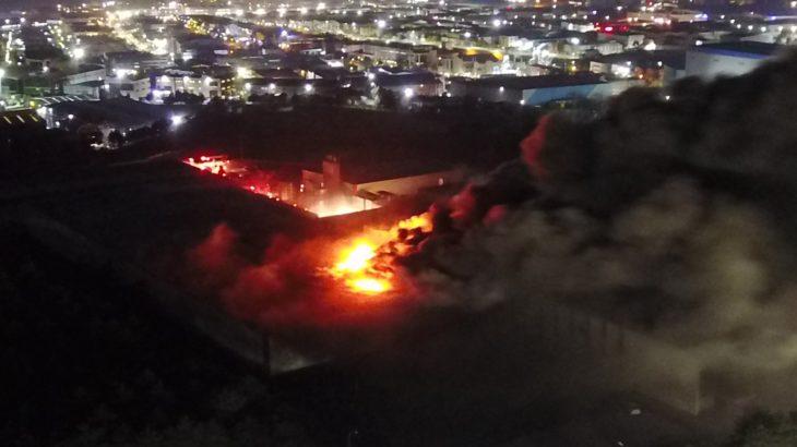 Tuzla'daki fabrika yangınında 2 işçi yaşamını yitirdi
