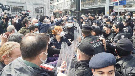 Sağlık emekçilerinin 'Ölümleri durdurun' eylemine polis müdahalesi!
