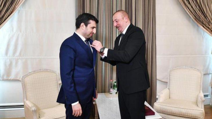 Aliyev'den Erdoğan'ın damadı Bayraktar'a SİHA madalyası