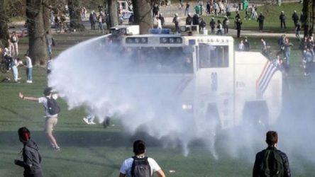 Brüksel'de 1 Nisan şakası gerçek oldu: Polis gaz ve tazyikli suyla müdahale etti