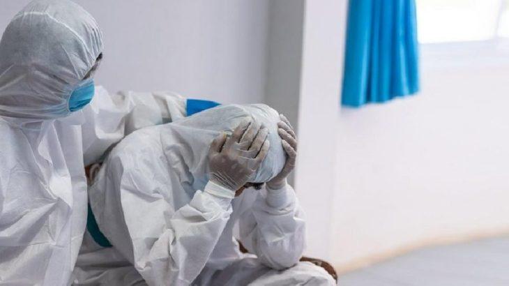 Sağlık emekçileri 'ucuz' hibe maskeler ile ölüme terk ediliyor