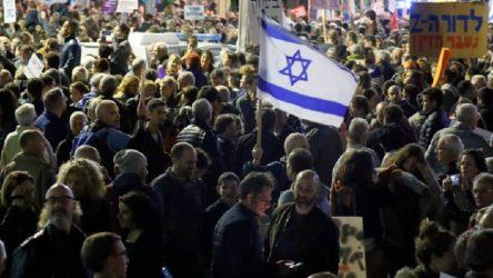 Kudüs'te Netanyahu'nun istifasını isteyenler sokaklara döküldü