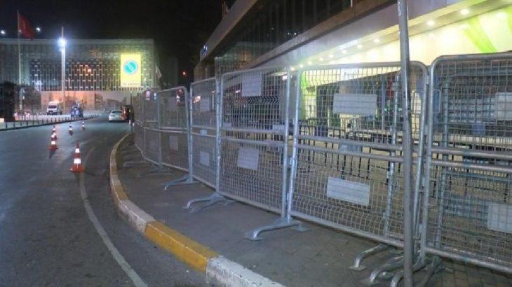 Taksim Meydanı ve Gezi Parkı kapatıldı