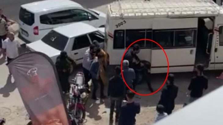 VİDEO | Urfa'da sivil polis 'yol' tartışmasında 2 kişiyi darp etti