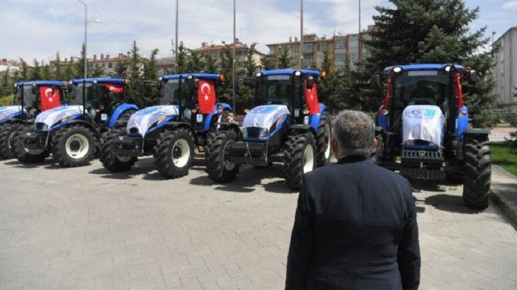AKP'li olmayana traktör verilmedi