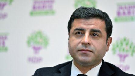 Selahattin Demirtaş'a 2 yıl 6 ay hapis cezası!