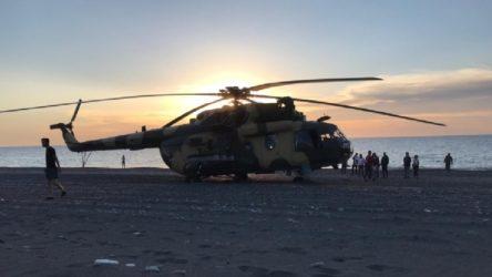 Azerbaycan askeri helikopteri Giresun'da sahile zorunlu iniş yaptı