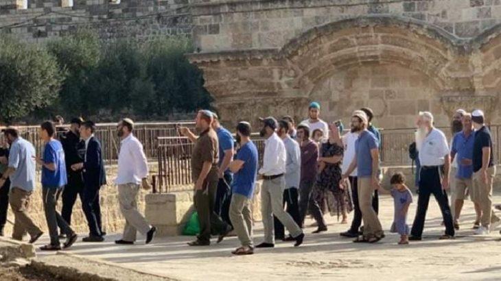 İsrail'den Mescid-i Aksa'ya polis baskını