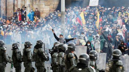 Kolombiya'da neoliberal sağlık reformu rafa kalktı
