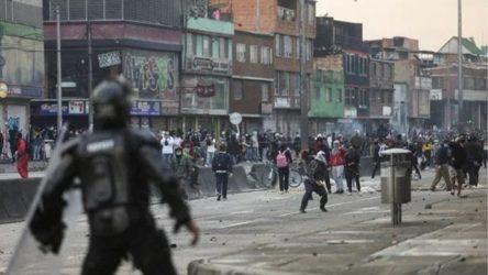 Kolombiya'da sağcı hükümet karşıtı protestolar devam ediyor: Onlarca eylemci öldürüldü