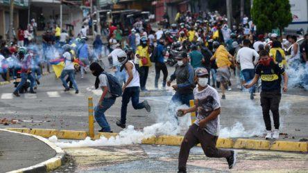 Kolombiya'daki protestolarda hayatını kaybedenlerin sayısı 42'ye yükseldi