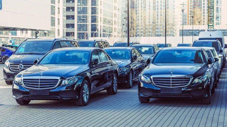 Halka 'IBAN yolu' gösteren Erdoğan'ın bakanına 12 milyon liraya lüks makam arabası