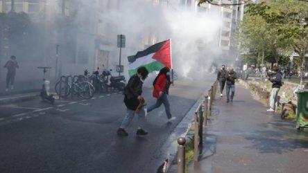 Paris'te Filistin'e destek eylemelerine polis saldırısı