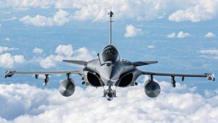 Mısır, Fransa'dan savaş uçağı almak için anlaşma imzaladı