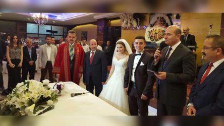 Süleyman Soylu Peker'in akrabasının nikah şahidi olmuş
