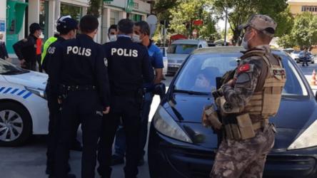 Tartıştığı polisleri görüntülemek isteyen yurttaş, emniyetin genelgesi gerekçe gösterilerek gözaltına alındı