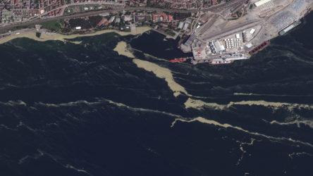 Marmara Denizi'ndeki müsilaj uzaydan görüntülendi: 10 günde 3 kat artış