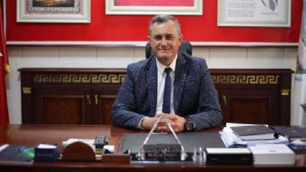 Belediye başkanı CHP'den istifa edip AKP'ye geçtiğini duyurdu