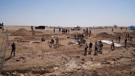 Bir IŞİD katliamı daha ortaya çıktı: 500 kişilik iki toplu mezar