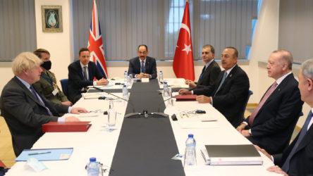 Erdoğan, NATO karargahında temaslarına devam ediyor