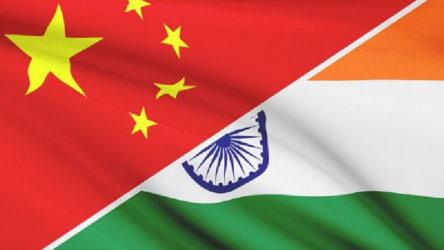 Hindistan Ordusundan Çin sınırına yığınak