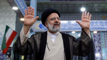 İran'da resmi olmayan sonuçlara göre, cumhurbaşkanlığı seçimlerini muhafazakar aday İbrahim Reisi kazandı