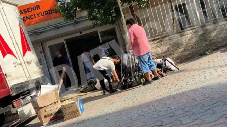 KADEM'den silah fotoğrafları için açıklama: Çekimde kullanılan set malzemeleri