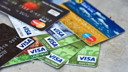 Nüfusun yarısı bankalara borçlu!
