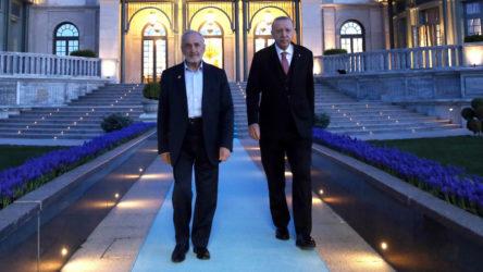 Erdoğan'ın Kıbrıs'taki onur konuğu Saadet Partili Oğuzhan Asiltürk
