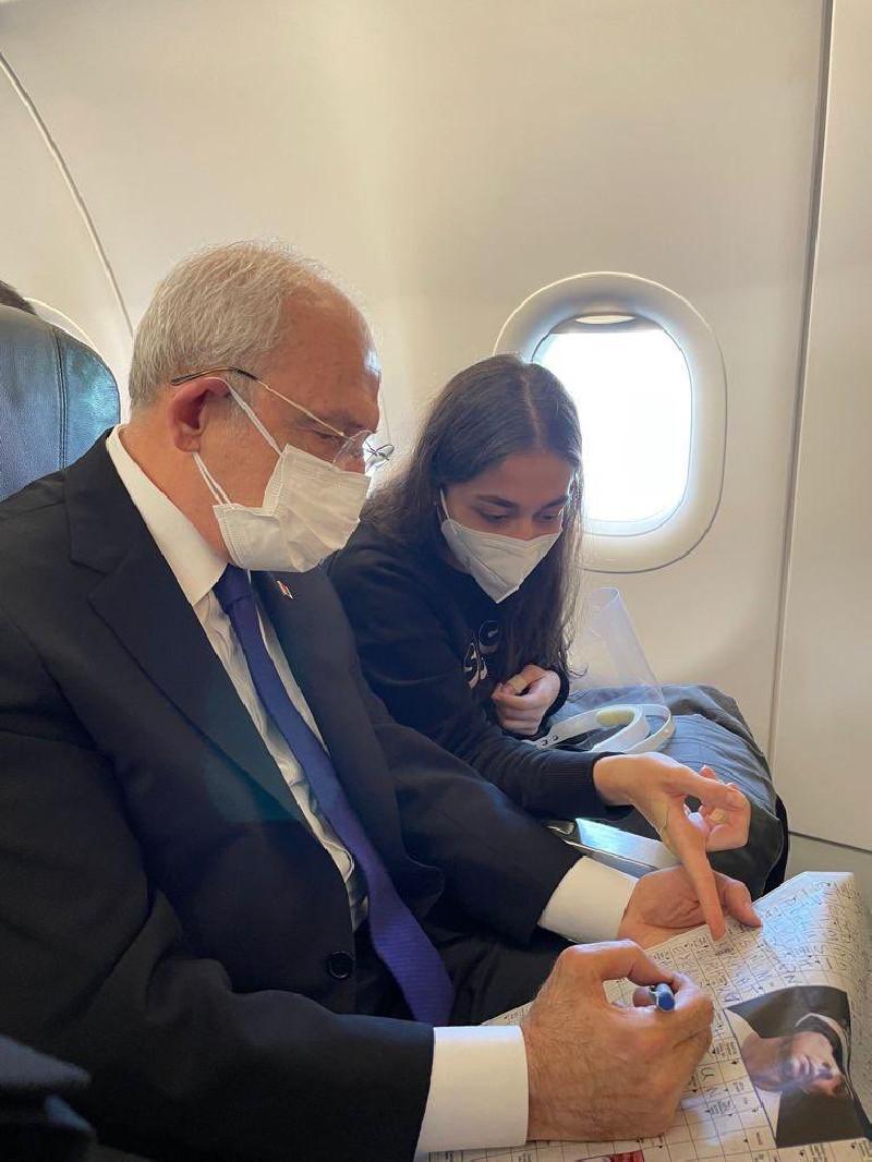 Klıçdaroğlu: Anlaşılan Erdoğan bir yere tarifeli uçakla gitmeyi, metroya, trene binmeyi korkunç bir şey gibi görüyorsun
