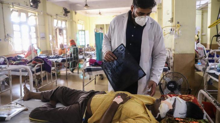 Hindistan'da kara mantar can almaya devam ediyor