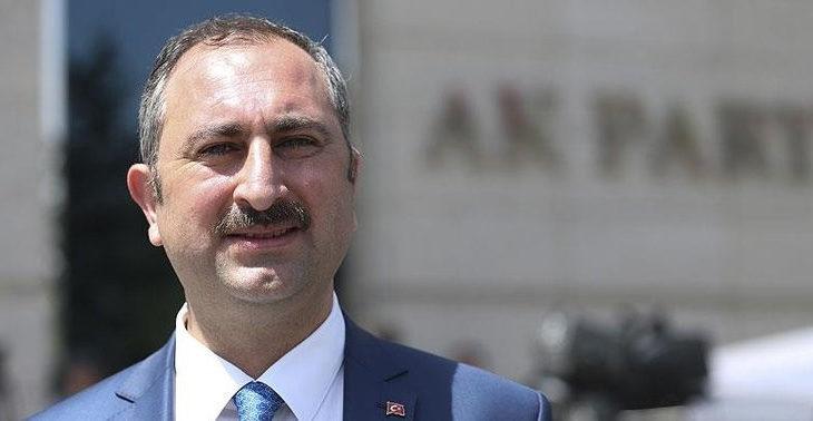 Adalet Bakanı Gül: AKP ifade özgürlüğünün bekçisidir (!)