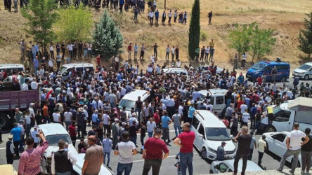 Adıyaman'da tütün yasasını protesto ettiği için tutuklanan tütün üreticilerinden 2'si serbest bırakıldı