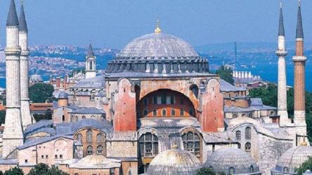 UNESCO'dan Ayasofya ve Kariye için mühlet