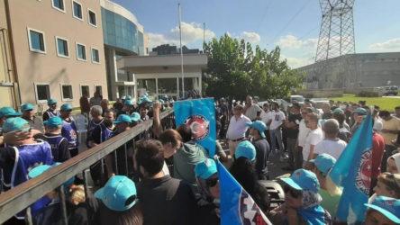 Bursa'da hak arayan 100 işçi işten çıkarıldı