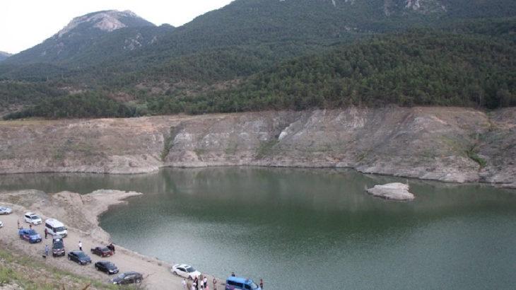 Derinöz Barajı'nda aynı aileden 5 kişi boğularak hayatını kaybetti