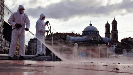 Korkutan tablo : Türkiye'de vaka sayıları 22 binin üstüne çıktı