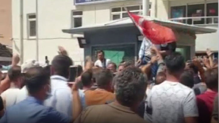 Gümüşhaneli yurttaşlar isyan etti: Katil polis istemiyoruz!