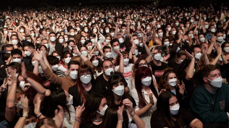 Konserlere ve maçlara aşı olmayanlar alınmayabilir