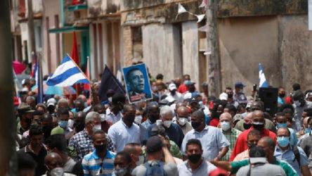 Hizbullah: Küba halkı ile devrimci liderliğinin yanındayız