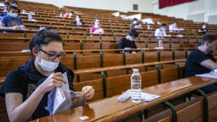 YKS'de adayların yüzde 32'si baraj altında kaldı