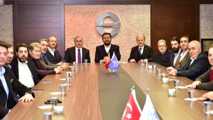 Para AKP'li belediyeden Ensar Vakfı'na akıyor