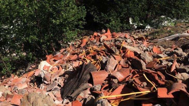 Patronların memleket düşmanlığı devam ediyor: Restorasyon atıklarını dereye döktüler