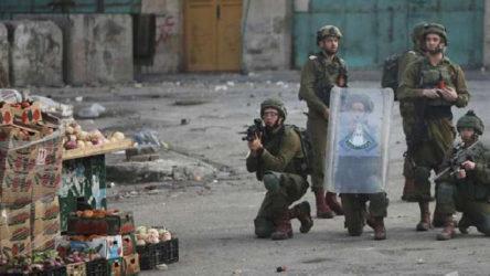 İsrail askerleri 12 yaşındaki Filistinli çocuğu vurarak katlettti