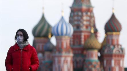 Rusya'da covid-19 yükselişe geçti : 24 saate 780 ölüm !