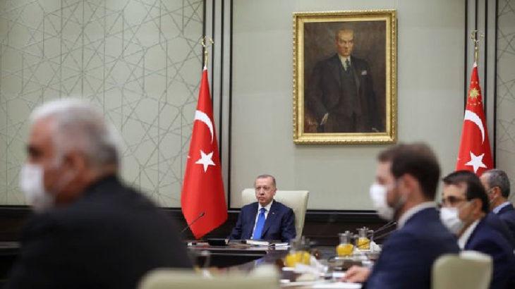 Yaşanan siyasi başarısızlıklar sonrasında Erdoğan faturayı bakanlara kesecek: Berat Albayrak'ın dönüşü kesin gözüküyor