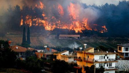 Yangınlar yayılmaya devam ediyor: Köyceğiz'de birçok mahalle boşaltıldı