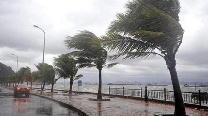 Antalya'da yağmur etkisini göstermeye başladı
