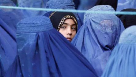 Tepki çeken Taliban açıklaması sonrasında Cumhuriyet Kadınları Derneğinden toplu istifa
